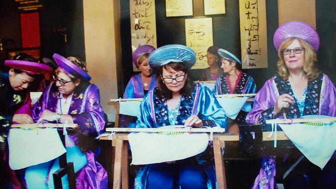 Hiện nay, Thừa Thiên Huế có 5 bảo tàng công lập, 2 trung tâm nghệ thuật và một bảo tàng ngoài công lập (Bảo tàng Đồ sứ ký kiểu thời Nguyễn). Không chỉ là nơi lưu giữ lại những giá trị lịch sử lâu đời mà các bảo tàng còn giúp du khách nước ngoài đến gần hơn với văn hoá Việt Nam.