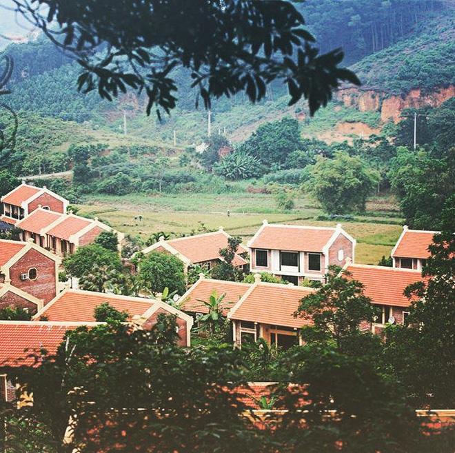 4-resort-co-khu-vui-choi-cho-tre-nho-chi-cach-trung-tam-ha-noi-khoang-1-gio-di-xe-ivivu-13