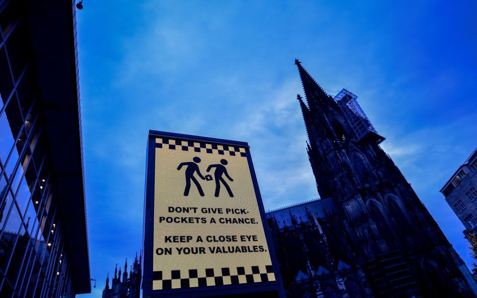 Tội phạm đường phố có thể xuất hiện ở bất cứ nơi đâu - Ảnh: TS