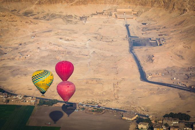 Tuy nhiên, nhiều du khách không khỏi tiếc nuối về cách quản lý các dịch vụ du lịch ở đây. Nạn chặt chém, lừa lọc có thể là cơn ác mộng với nhiều người khi đến thăm Ai Cập.