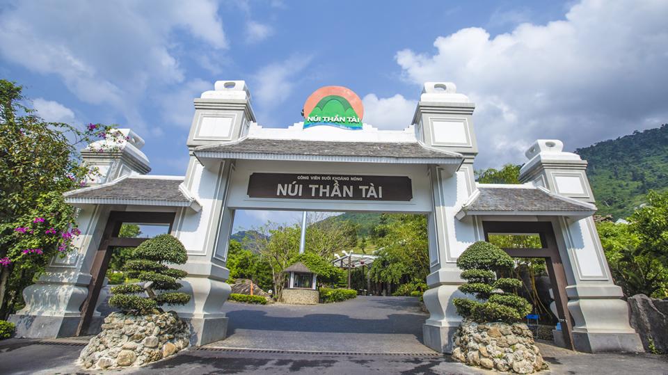 Núi Thần Tài nơi có phong cảnh hữu tình cùng dịch vụ chăm sóc sức khỏe tuyệt vời.