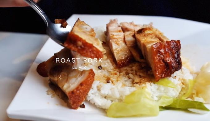 Tai Hing  Thực khách đến tiệm Tai Hing ở khu Tsim Sha Shui nên thử các món cơm thịt lợn xá xíu hay cơm thịt vịt xá xíu cho bữa trưa. Phần thịt được tẩm ướp đậm đà và khá quen thuộc với khẩu vị người Việt.