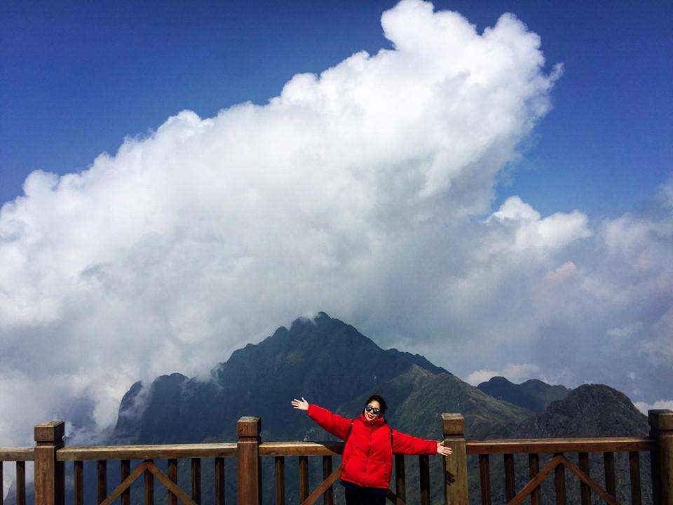 Và chắc chắn đến Sa Pa, sẽ không thể bỏ qua đỉnh Fansipan, địa điểm cho ra đời những bức hình check - in chất lừ.