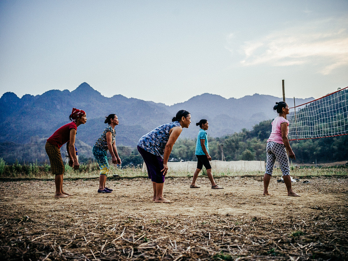 Đến nay, Justin có hơn 10 năm sinh sống, làm việc ở Việt Nam và trở nên nổi tiếng ở Đông Nam Á. Anh thường xuyên đi khắp Bắc, Trung, Nam để ghi lại hình ảnh con người, cảnh đẹp và văn hóa của dải đất chữ S cho các tạp chí nổi tiếng thế giới.