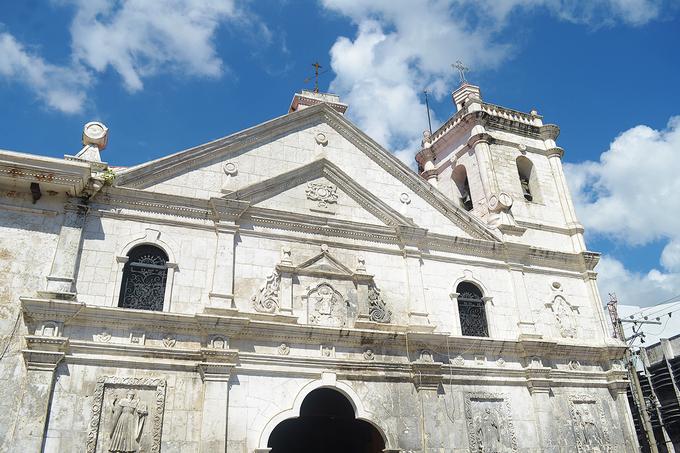 Toạ lạc tại trung tâm thành phố Cebu, Philippines, nhà thờ Basilica Santo Nino được cho là địa chỉ tôn giáo lâu đời nhất tại đây. Nhà thờ được khởi công xây dựng và hoàn thành vào khoảng cuối năm 1739 đầu 1940.