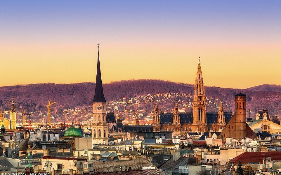 Với dân số 1,8 triệu người, Vienna đứng đầu cuộc khảo sát trong năm thứ chín liên tiếp - Ảnh: Daily Mail