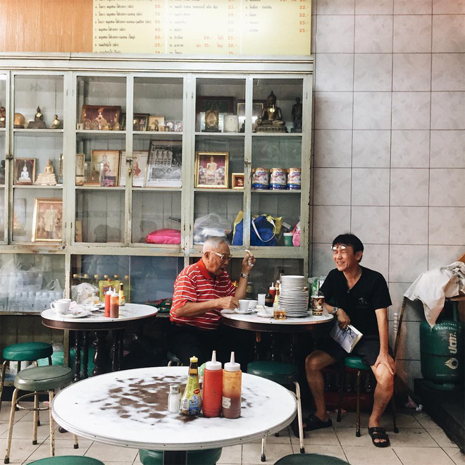 3-quan-an-rat-chat-luong-chi-can-dat-tui-khoang-50-ngan-la-co-bua-ngon-o-bangkok-ivivu-3