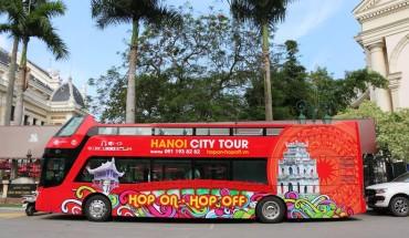 Hop-on-Hop-off-City-Tour-Ha-Noi-chinh-thuc-khai-truong-ivivu-6
