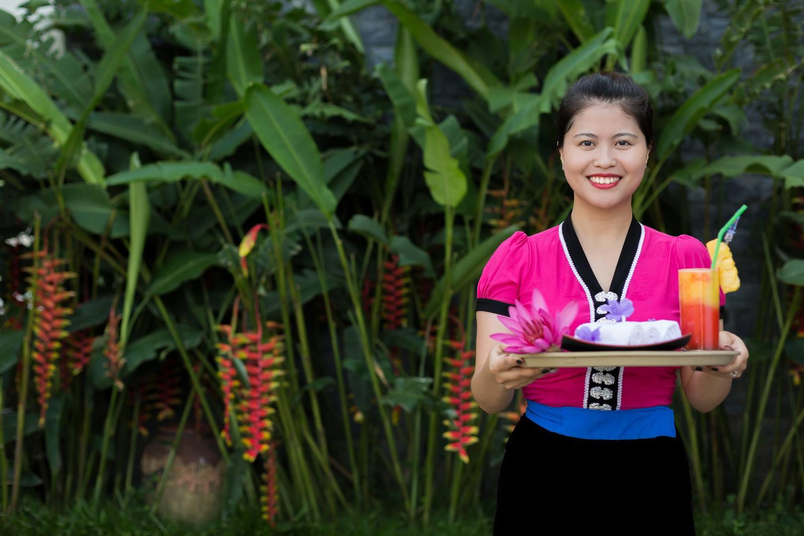 """""""Nụ cười Mai Châu"""" chính là bí quyết khiến du khách muốn đến với Mai Châu Lodge nhiều lần hơn nữa"""