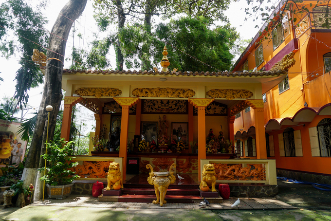 Vào thời điểm mới xây dựng, chùa chỉ là một am nhỏ thờ Phật. Sau lần đại trùng tu vào năm 1992, chùa có dáng dấp gần giống như một ngôi chùa theo hệ phái Mật Tông ở xứ sở Tây Tạng.