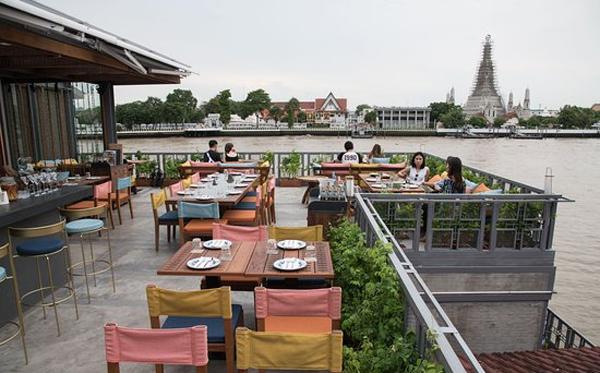 7-dia-chi-nha-hang-duoc-du-khach-danh-gia-cao-tai-bangkok-ivivu-3