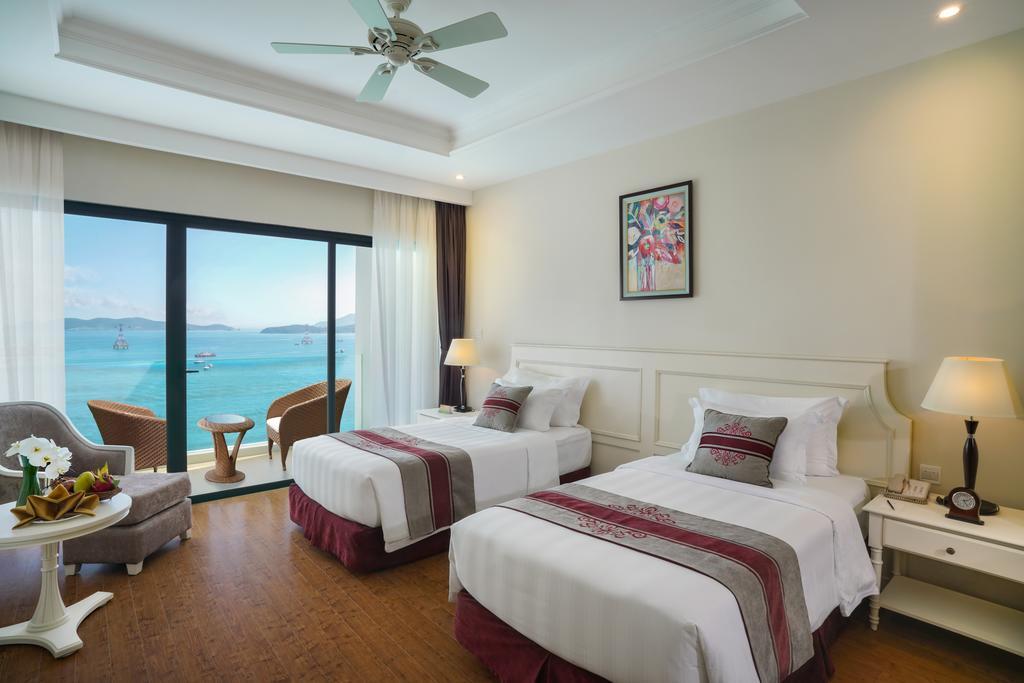 Vinpearl-Nha-Trang-Bay-Resort-Villas-ivivu-17