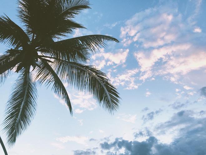 Bầu trời trong xanh ở Luang Prabang.