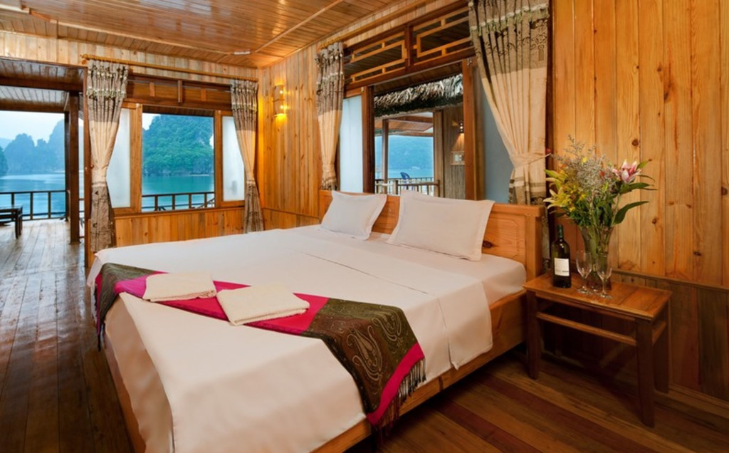 Ở Cát Bà cũng có nhiều khu nghỉ dưỡng, resort đẳng cấp. Ảnh: Catba Sandy Beach Resort .