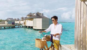 quang-vinh-dinh-bua-yeu-voi-resort-noi-tren-mat-bien-o-maldives-ivivu-7