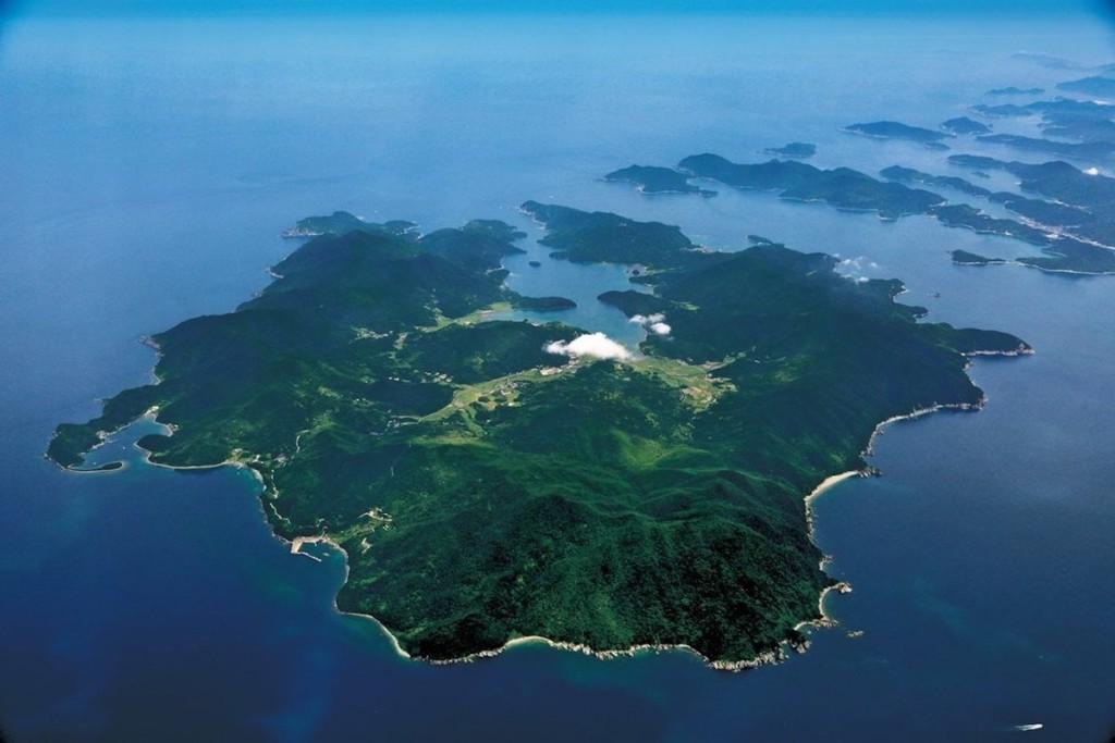 Các ngôi làng cổ ở Nagasaki, Nhật Bản Quần thể 10 ngôi làng, lâu đài và nhà thờ thuộc tỉnh Nagasaki thuộc đảo Kyushu, miền Nam Nhật Bản nằm trong danh sách được công nhận di sản lần này. Các công trình được xây dựng vào khoảng thế kỷ 16 - 19 bởi những người theo đạo Kito giáo đầu tiên ở đây.