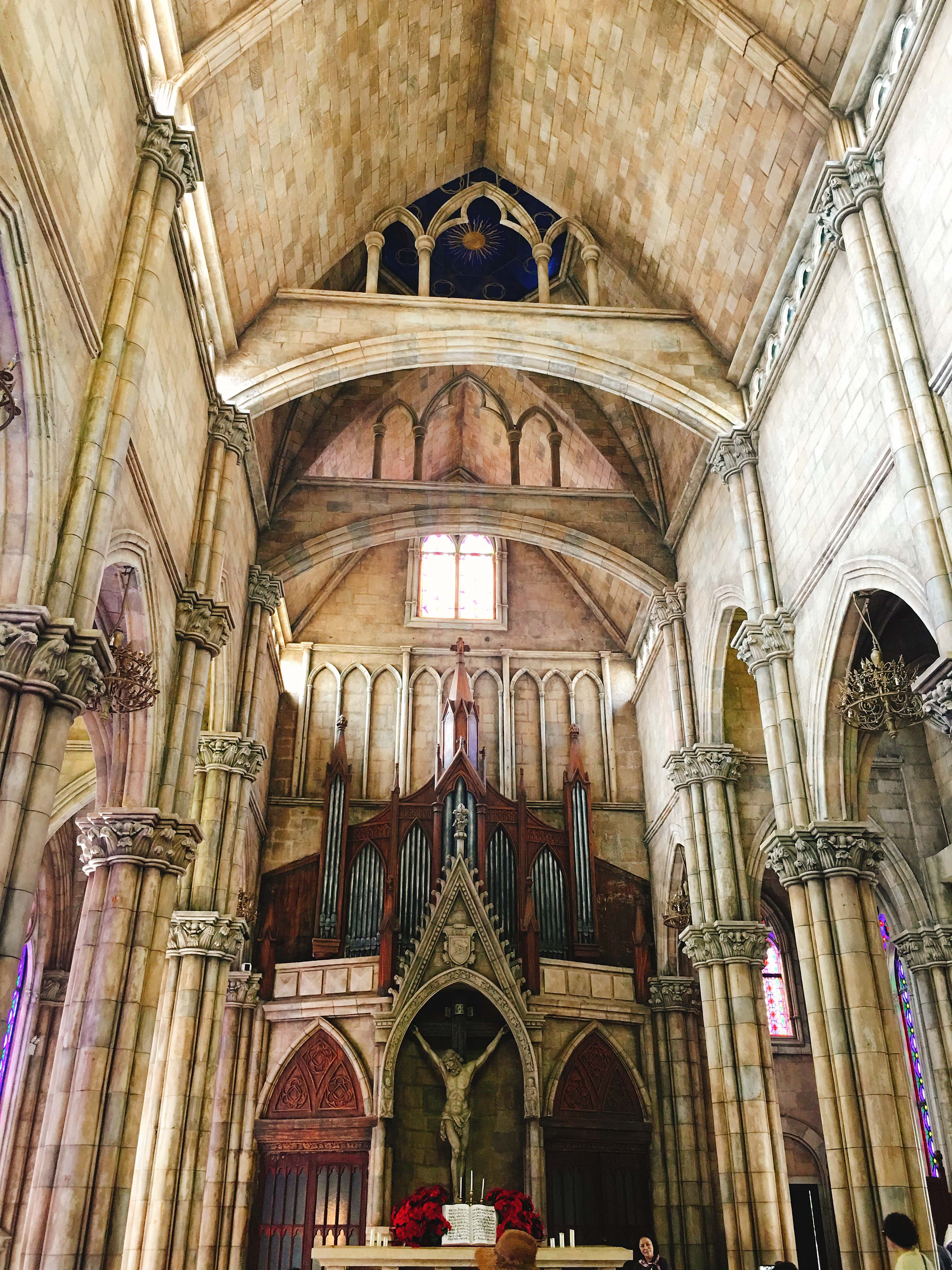 Nhà thờ phong cách Pháp