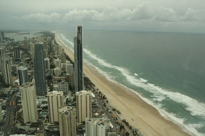 Khung cảnh nhìn từ đài quan sát SkyPoint Observation Deck.