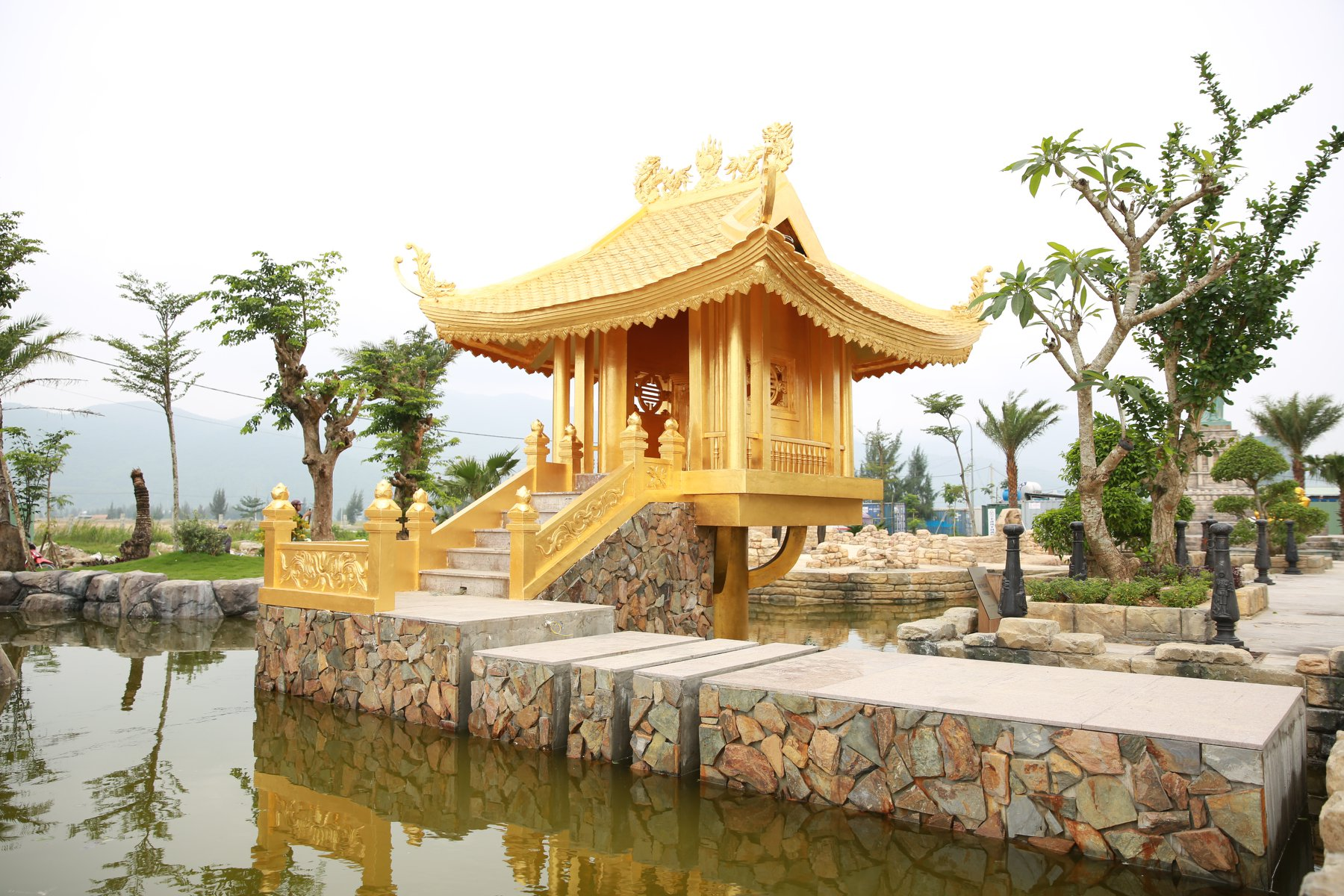 golden-bay-da-nang-ivivu-18