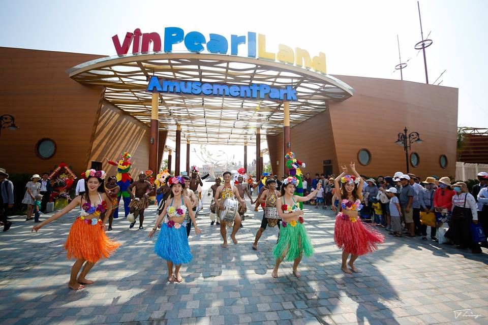 Cổng chào Vinpearl Land Nam Hội An