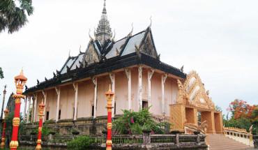 ngoi-chua-co-kien-truc-angkor-o-bac-lieu-ivivu-1
