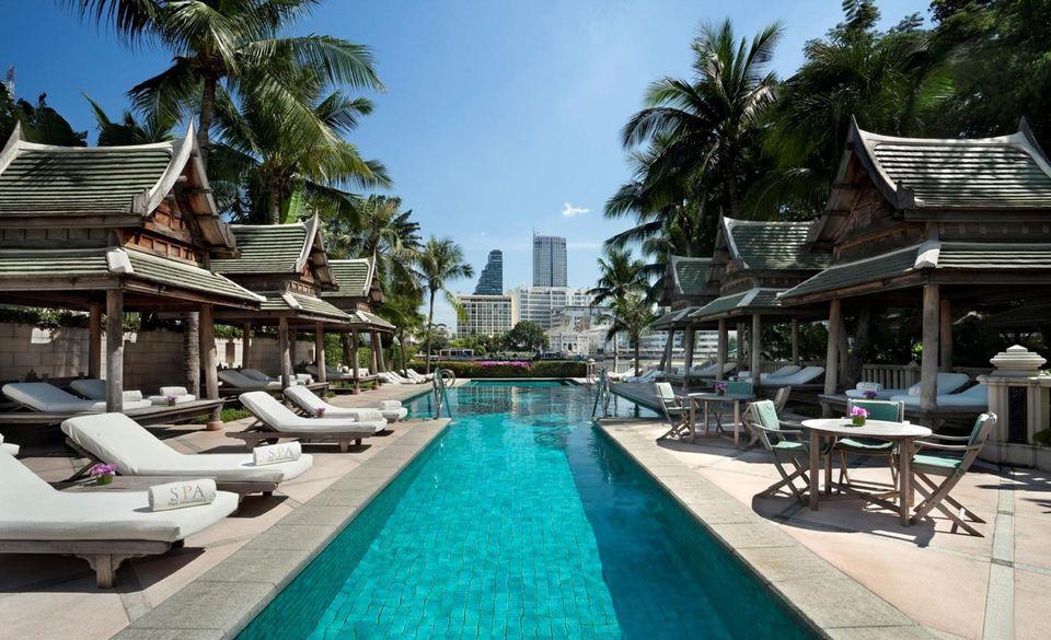 14. Khách sạn: Khách sạn Thái Lan hầu như không có bàn chải, kem đánh răng, lược… Du khách có thể nghĩ là do họ muốn giảm giá thành nhưng không phải như vậy. Những sản phẩm dùng một lần rồi bỏ là nguồn rác khổng lồ, là loại rác rất khó phân hủy hay tái sử dụng. Do đó, cách tốt nhất là khách du lịch tự mang theo, vừa hợp vệ sinh, vừa bảo vệ môi trường. Ảnh: Forbes.