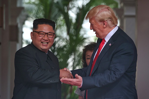 Hội nghị thượng đỉnh giữa Mỹ và Triều Tiên được đánh giá là diễn ra thành công. Sự kiện này không chỉ đánh dấu bước ngoặt lịch sử của hai quốc gia mà còn khẳng định vị thế của Singapore trên trường quốc tế. Ảnh: Straits Times.