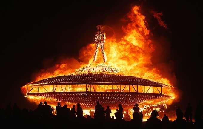 Sự kiện ngoạn mục này hoàn toàn xứng đáng với quy mô và ý nghĩa của lễ hội, biến Burning Man trở thành một trong những điều phải trải nghiệm trước khi qua đời của rất nhiều người trên thế giới.