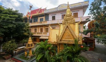 ngoi-chua-kien-truc-khmer-dau-tien-o-sai-gon-ivivu-1