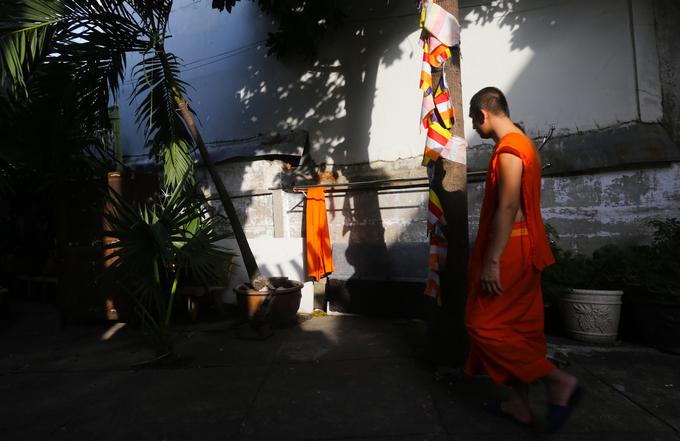 Trong năm, chùa tiến hành các ngày lễ lớn theo truyền thống Phật giáo của người Khmer như lễ tết Chol Chnam Thmay, Phật Đản, lễ Ok Om Bok... Chùa Chantarangsay còn là điểm cư trú cho nhiều tu sĩ Khmer khi đến tham quan thành phố hay học tập.