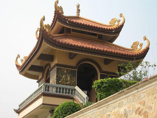 vinh-phuc-nhung-ngoi-chua-linh-thieng-bac-nhat-khong-the-khong-den-vao-mua-le-vu-lan-nam-nay-ivivu-10