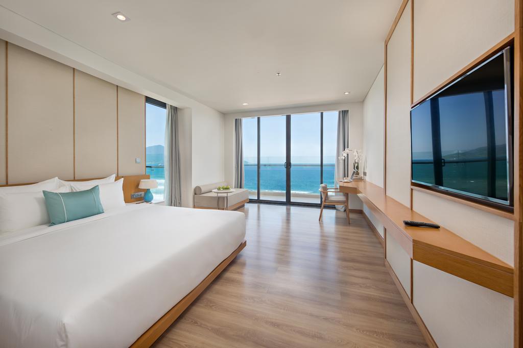 TMS-Hotel-Da-Nang-Beach-ivivu-1