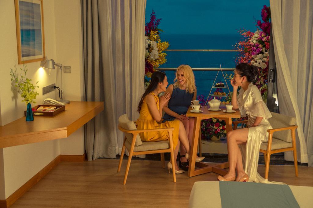 TMS-Hotel-Da-Nang-Beach-ivivu-8
