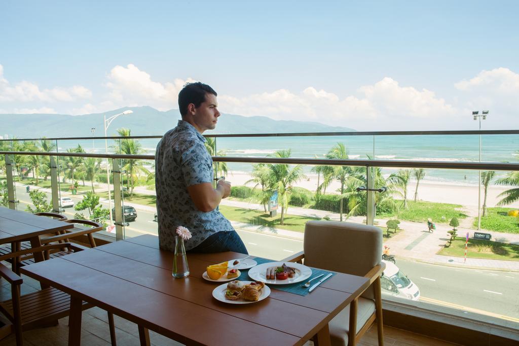 TMS-Hotel-Da-Nang-Beach-ivivu-9