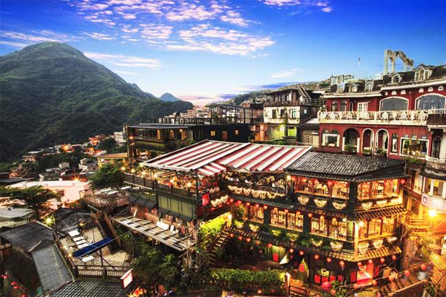 Làng cổ Cửu Phần là nơi không thể bỏ qua khi đến Đài Loan.