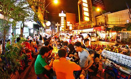 Ở Bangkok có nhiều điểm giúp bạn chơi suốt đêm không chán. Ảnh: Bangkok.