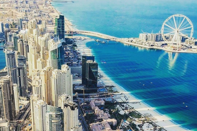 UAE đứng thứ 9 trong danh sách các quốc gia giàu nhất thế giới, dựa trên GDP, theo các dữ liệu được cập nhật từ Ngân hàng thế giới, Quỹ tiền tệ thế giới và tạp chí tài chính Global Finance. Ảnh: Insydo.