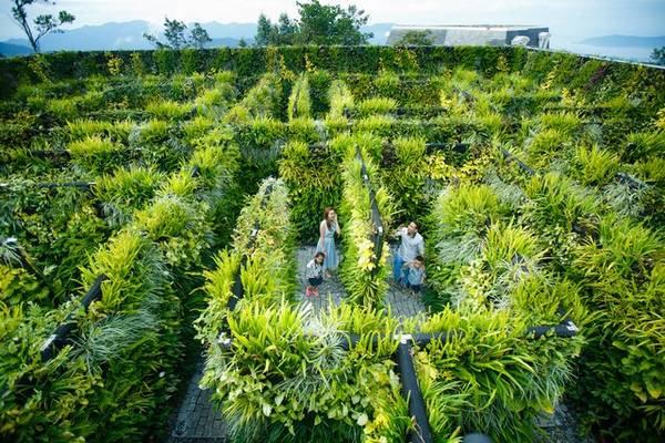 Khu vườn bí ẩn – một địa điểm bạn đừng nên bỏ qua khi du lịch Đà Nẵng. Ảnh: banahills