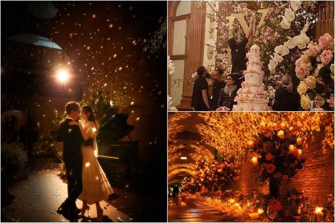 Lễ đường trang trí hoa tươi tựa như một khu vườn cổ tích. Trước khi hôn lễ chính thức diễn ra, cặp đôi đã chụp bộ ảnh theo phong cách Hoàng tử - Công chúa giữa không gian lãng mạn.