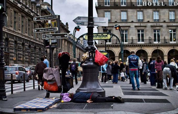 Trung bình 480 người vô gia cư được cho là đã chết trên đường phố của Pháp mỗi năm nhưng con số thực tế ước tính cao gấp 6 lần, theo Culturetrip.
