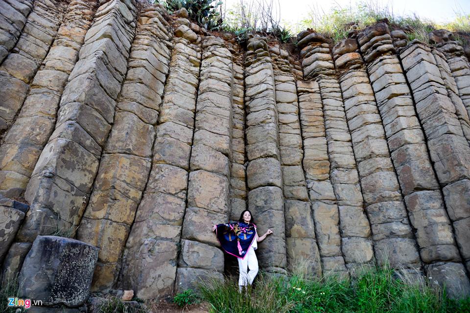 Những kỳ quan thiên nhiên đá bazan do thiên nhiên tạo nên mang nét đẹp độc đáo chỉ có ở Đài Loan. Năm 2012, địa danh này được Hội đồng Văn hóa xếp vào danh sách tiềm năng di sản văn hóa thế giới của Đài Loan.