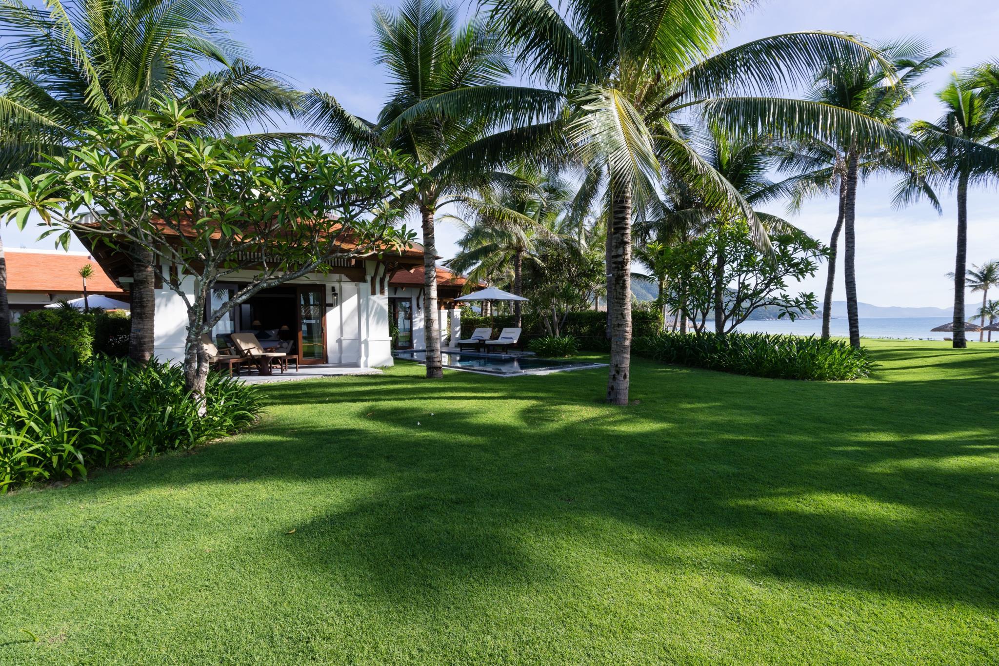 3-resort-cam-ranh-nha-trang-ivivu-19
