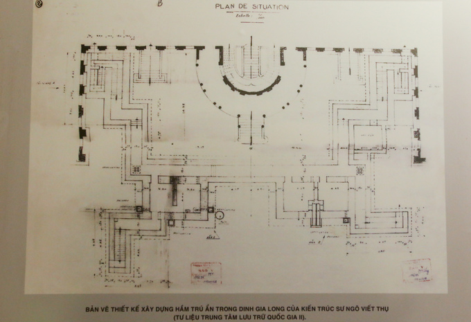 Bản thiết kế căn hầm bên dưới dinh Gia Long được trưng bày. Theo tính toán, căn hầm hoàn thiện với tổng kinh phí hơn 12,5 triệu đồng - số tiền rất lớn lúc bấy giờ.