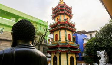 ngoi-chua-co-thap-bang-gom-cao-nhat-viet-nam-ivivu-2