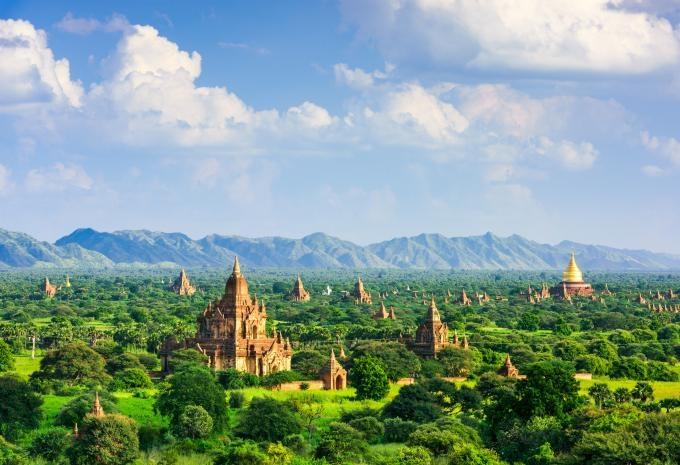 Cộng hòa Liên bang Myanmar giáp Bangladesh, Ấn Độ, Thái Lan, Lào và Trung Quốc. Rất nhiều du khách bị cuốn hút bởi nét bí ẩn và nền văn hóa lâu đời của đất nước Đông Nam Á này. Ảnh: Bookmundi.