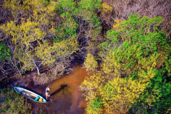 Cảnh vật Rú Chá vào thu đẹp lạ khi nhìn từ trên cao