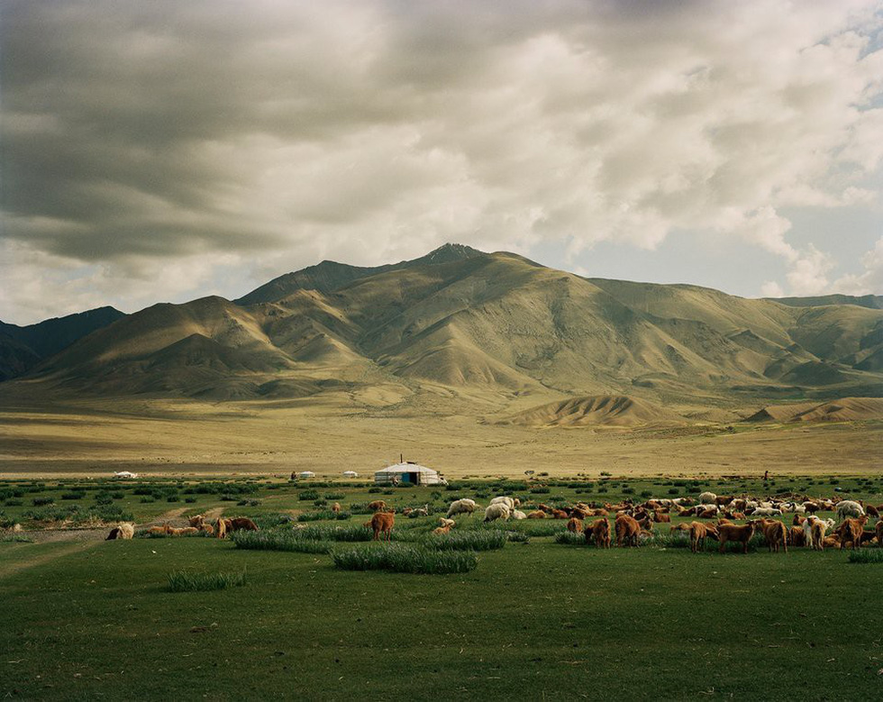 Lagrange đã trải nghiệm Mông Cổ trong cả 4 mùa. Anh chia sẻ nơi đây đẹp đến nghẹt thở khi mùa xuân đến.