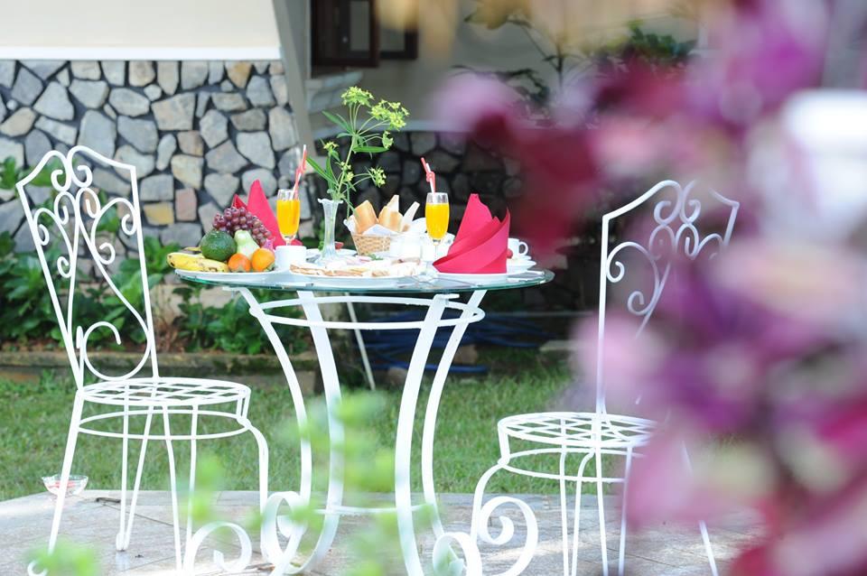 Monet-Garden-Da-Lat-ivivu-9