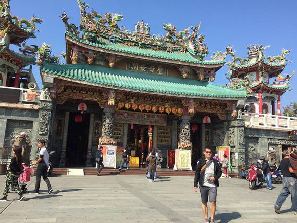 Một ngôi chùa ở Đài Nam - Ảnh: PHẠM QUỐC THÔNG