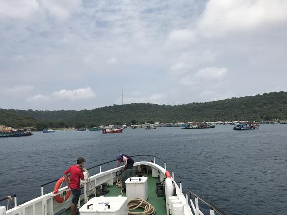 Chuyến tàu đến đảo Thổ Chu - Ảnh: VĂNG CÔNG MINH